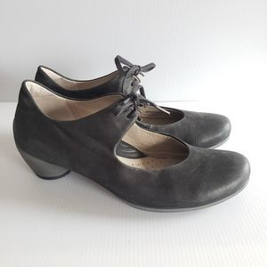ECCO Size 38 Black Nubuck Leather Heels Shoes